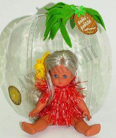 Pablita nell' Ananas mini furga bambolina alta circa 12 cm prodotta dalla furga negli anni '70 nuova