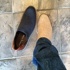 these are most comfortable classic summer shoe by Donald Pliner Summer Shoes, Ankle, Classic, Boots, Instagram Posts, Men, Fashion, Crotch Boots, Moda