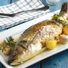 Sea bass baked in the oven Greek Recipes, Desert Recipes, Fish Recipes, Seafood Recipes, Cooking Recipes, Seafood Meals, Recipies, Greek Fish, Fish Dishes