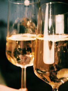 Sami-Petteri Asikainen, waffle, pancake, sparklingwine Pancake, White Wine, Waffles, Alcoholic Drinks, Glass, Food, Alcoholic Beverages, Meal, Drinkware