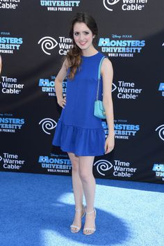 Laura Marano in size 6 sandals.