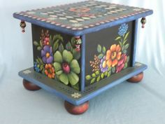 Website Design at ArtSpell Decorative Painting Projects, Tole Decorative Paintings, Tole Painting Patterns, Decoupage, Funky Furniture, Painted Furniture, Rosemary West, Modern Southwest Decor, Norwegian Rosemaling