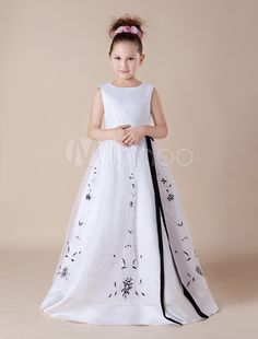 Cute White Embroidery Sash Satin Organza Flower Girl Dress