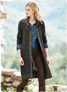Our versatile cardigan is knit in contrast plaited ribs of deep indigo and tan. Ultra-soft and light in baby alpaca (58%), wool (25%) and pima (17%), the tweedy yarns have a homespun appeal. The cardigan's long, lean silhouette is traced in linear ribs that end in angled ribbing at the shoulder and hem.