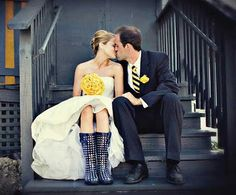 Yellow and Navy #Wolverine Wedding!