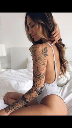Sleeve tattoo for women #TattooIdeasShoulder