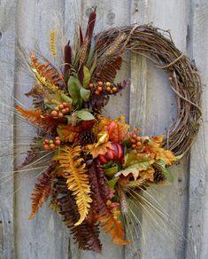 Fall Wreaths, Autumn Woodland Wreath, Designer Decor, Thanksgiving, Fall Door Decor - New Deko Sites Thanksgiving Wreaths, Autumn Wreaths, Thanksgiving Decorations, Holiday Wreaths, Wreath Fall, Door Wreath, Grapevine Wreath, Fall Door Decorations, Fall Decor