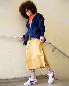 #ELLEeNIKE: A moda na minha vida sempre foi ligada ao que eu ouvia ao meu estilo de música ao rap. Eu via os clipes e formava uma imagem ligada aos tênis que apareciam neles diz @twoplaf uma das escolhidas a interpretar o #Cortez da @nikesportswear ao seu estilo. No link da bio confira tudo sobre a volta deste ícone do street style. Foto: @gleesonpaulino #nikesportswear  via ELLE BRASIL MAGAZINE OFFICIAL INSTAGRAM - Fashion Campaigns  Haute Couture  Advertising  Editorial Photography…