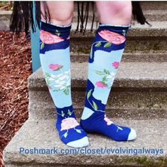 New Peony and Moss Knee Highs Beautiful design very unique will not find in stores. These socks are not made for very muscular or very curvy calves. Peony and Moss Accessories Hosiery & Socks