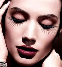 Home 'N women is the online resource for make up tricks. We provide exclusive tips and articles for the Makeup lovers. Learn how to do party makeup, bridal makeup, night makeup, day light makeup or routine makeup. Mac Makeup, Love Makeup, Makeup Tips, Beauty Makeup, Makeup Ideas, Perfect Makeup, Plum Makeup, Games Makeup, Makeup Lessons