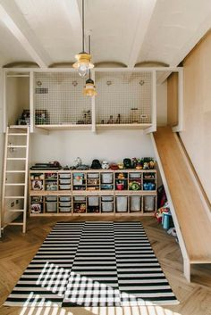 Super fun and functional kids room design idea! Elevated play area a ladder to climb and the best part an indoor slide! The post Super fun and functional kids room design idea! Elevated play area a ladder to appeared first on Children's Room. Playroom Design, Kids Room Design, Barcelona Apartment, Bedroom Lighting, Bedroom Lamps, Bedroom Decor, Bedroom Chandeliers, Wall Lamps, Bedroom Girls
