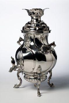 Sir Antony Templestowe's Samovar looks like this.  Tea urn (Samovar); silver  Sivert Thorsteinsson, 1759. SALT REDUX