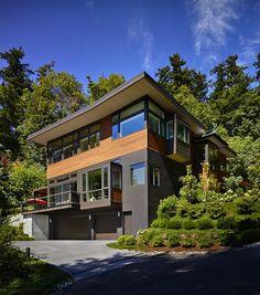 Splendid waterfront property in Seattle: Westlight House by McClellan Architects