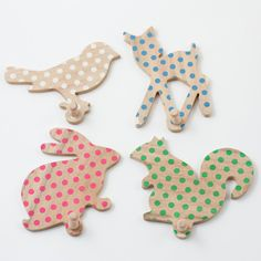 Polka dot animal coat rack | Pakhuis Oost - Sunday in Color