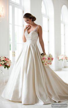 54c54aeee Stella York 6447 - New York Bride   Groom