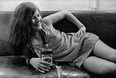 Rock 'n' Roll Legend: Jim Marshall's Musician Portraits - LightBox / Janis Joplin, Backstage, Winterland, San Francisco, 1968 Jimi Hendrix, Jazz, Blues, Janis Joplin Mercedes Benz, Chicas Punk Rock, Rock And Roll, Rock Music History, Historia Do Rock, Jim Marshall