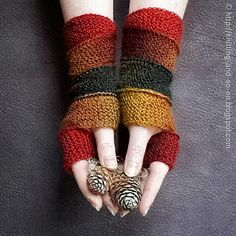 Ravelry: Helix Mitts pattern by Sybil R