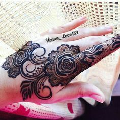 love of henna Palm Henna Designs, Mehndi Designs Book, Finger Henna Designs, Arabic Henna Designs, Stylish Mehndi Designs, Mehndi Patterns, Mehndi Design Pictures, Beautiful Mehndi Design, Henna Mehndi