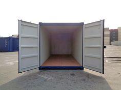 Sichere dir jetzt bei MO.SPACE einen neuen 20' Seecontainer in Kobaltblau (RAL 5013) oder Lichtgrau (RAL 7035) zu einem TOP-Preis! Der patentierte und leicht zu öffnende Spezialverschluss (EASY OPEN) inkl. Einbruchsicherung und dem langlebigen Holzboden garantieren dir einerseits das einfache Öffnen der Tür mit nur einer Hand und andererseits eine hohe Lebensdauer des ISO-Containers.  Jetzt anrufen: +43 664 432 58 60 Iso Container, Garage Doors, The Unit, Entertaining, Outdoor Decor, Furniture, Home Decor, Cobalt Blue, Heavy Equipment