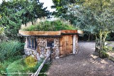 Neils cobwood roundhouse is an entrant for Shed of the year 2013 via @unclewilco