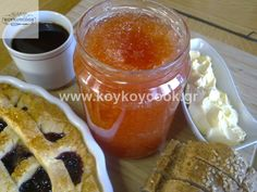 Pekmez od dunja i jabuka Food To Make, French Toast, Cooking Recipes, Pudding, Sweets, Breakfast, Cake, Desserts, Salad Dressings
