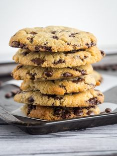 Keto Chocolate chip cookies are a big favorite amongst the ketogenic community. Low carb cookies are a perfect recipe to make for any occasion, such an easy keto dessert. Sugar Free Cookies, Keto Cookies, Cookies Et Biscuits, Shortbread Cookies, Cookies Snickerdoodle, Protein Cookies, Pumpkin Cookies, Low Carb Sweets, Low Carb Desserts
