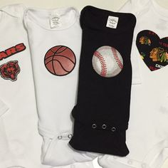 Pick any 4 Chicago sports teams (⚾️Sox, 🏉Bears, 🏀Bulls, ⚾️Cubs, 🏒Blackhawks, or ⚽️Chicago Fire) mix and match the outfits anyway you want for one great price! 😊  Save 15% of orders $20 or more use coupon LIKEANDSAVE15