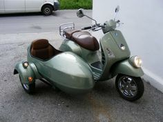 Sidecar for family road trips to Vegas!  #RIDECOLORFULLY