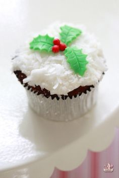 Rich Rum Fruitcake Cupcakes with Coconut Cream Cheese Icing | Sweetopia