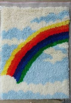 Rainbow-latch-hook-rug-wall-hanging-completed-vintage-craft-kit-retro-70s-pillow