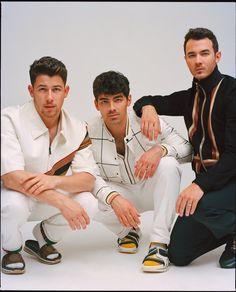 Jonas Brothers (Kevin Jonas & Joe Jonas & Nick Jonas) (p: Emman Montalvan), Wonderland Magazine, Summer Jonas Brothers, The Jones Brothers, Disney Channel Original, Original Movie, Joe Jonas, Nick Jonas Camp Rock, Wonderland, Jersey Boys, Magazine