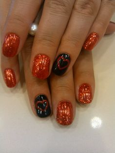 Nail art Valentines day. Glitter shellac nail art. #nailsbyashley #20loungescottsdale