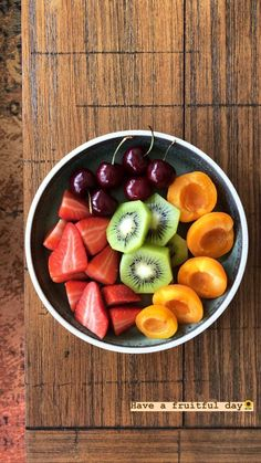 Baby food recipes, snack recipes, healthy recipes, healthy snacks, get heal Healthy Snacks, Healthy Eating, Healthy Recipes, Diet Snacks, Healthy Fruits, Healthy Drinks, Food Goals, Aesthetic Food, Plant Based Diet