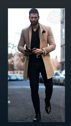Looking for ways to easily improve your casual look or want to create a completely new one? Casual Look For Men, Trendy Mens Fashion, Turkish Men, Look Man, Good Looking Men, Men Looks, Perfect Man, Business Fashion, Beautiful Men