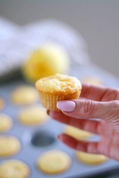Sitruunaiset valkosuklaamuffinit (mini)