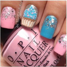 cupcake glitter nails
