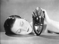 Photo | Kiki with African mask, Man Ray 1926