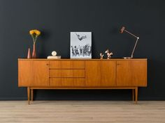 Best selection of Mid Century Contemporary Office funiture and Home Design to really mirror your style and motivate your residence. Sideboard Modern, Retro Sideboard, Sideboard Decor, Mid Century Sideboard, Teak Sideboard, Mid Century Furniture, Mid Century Cabinet, Mid Century Desk, Living Room Storage