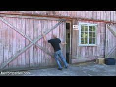 ▶ Off-grid, handcrafted life on Oregon farm & workshop - YouTube (How to live off the grid in complete comfort!)