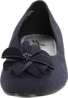 looks like comfy wedding shoes