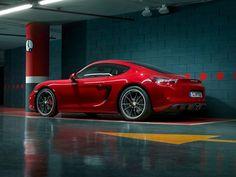 Porsche Cayman GTS - Mid-Engine Rocket