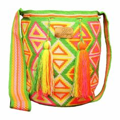 Handmade wayuu mochila bag - Kiwi