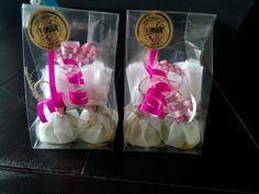 Ines-hip-en-zo zeep bonbons Gift Wrapping, Gifts, Gift Wrapping Paper, Presents, Wrapping Gifts, Favors, Gift Packaging, Gift