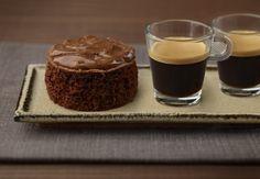 Discover Chocolate Coffee Cake from Nespresso Recipes. Chocolate Cake Mix Recipes, Chocolate Cake Frosting, Chocolate Cake From Scratch, Chocolate Cake With Coffee, Café Chocolate, Salted Caramel Chocolate, Chocolate Cake Mixes, Chocolate Desserts, Coffee Cake