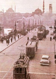 Galata Köprüsü ve Tramvaylar