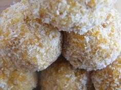 Healthy Kids Snacks: Apricot Balls - Caz Filmer Writes