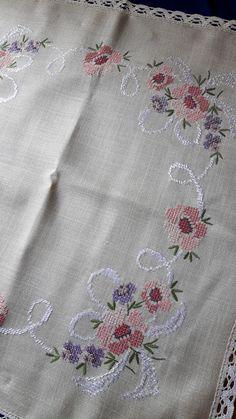 Cream beige background. Good condition. Size: 85 cm x 86 cm / 33.5 inch x 33.9 inch