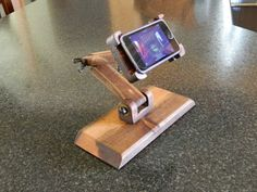 IPod /Mp3 Player Adjustable Stand Main Image