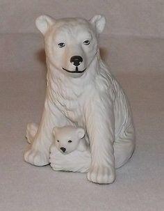 Vintage Aldon White Porcelain Polar Bear & Cub Figurine.
