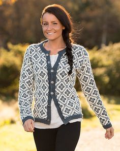 Katalog 1416 - Viking of Norway, Elidakofta (lastet ned) Knitted Poncho, Knit Jacket, Norwegian Knitting, Cardigan Design, Fair Isle Pattern, Fair Isle Knitting, Baby Sweaters, Fair Isles, Knitwear